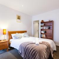 Oliver - Beyond a Room Private Apartments