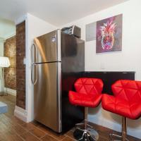 Luxurious Three Bedroom Apartment