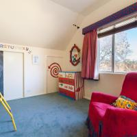 Kelly - Beyond a Room Private Apartments