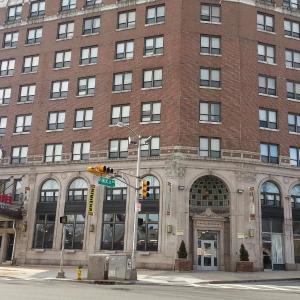 Hotel Riviera NJ, 7108