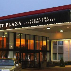 Point Plaza Suites at City Center VA, 23601