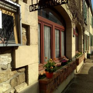 Auberge De La Terrasse Photos Opinions Book Now Moret