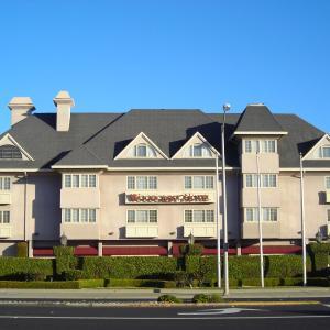 Woodcrest Hotel CA, 95051