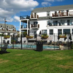 The Inn at Crystal Cove on Boston Harbor MA, 2152
