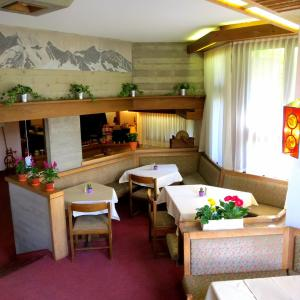 La Collina Budget Rooms