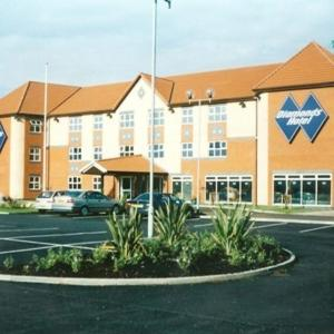 Hotels near Belle Vue Leisure Centre Manchester - Diamond Lodge