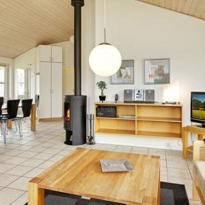 Three-Bedroom Holiday home in Nørre Nebel 13