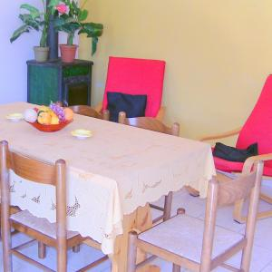 Two-Bedroom Apartment (5 Adults) Casa Li Multi