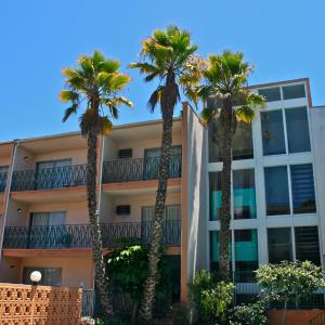 Royal Century Hotel at LAX CA, 90304