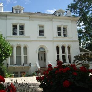 University Of Gloucestershire Hotels - Lypiatt House