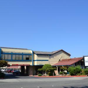 Sandstone Inn & Airport Parking WA, 98188