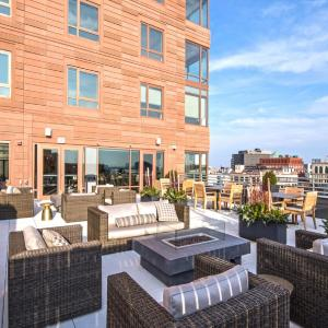 Global Luxury Suites at The Theater District MA, 2111