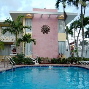 Alcazar Resort- Gay Mens Resort FL, 33304