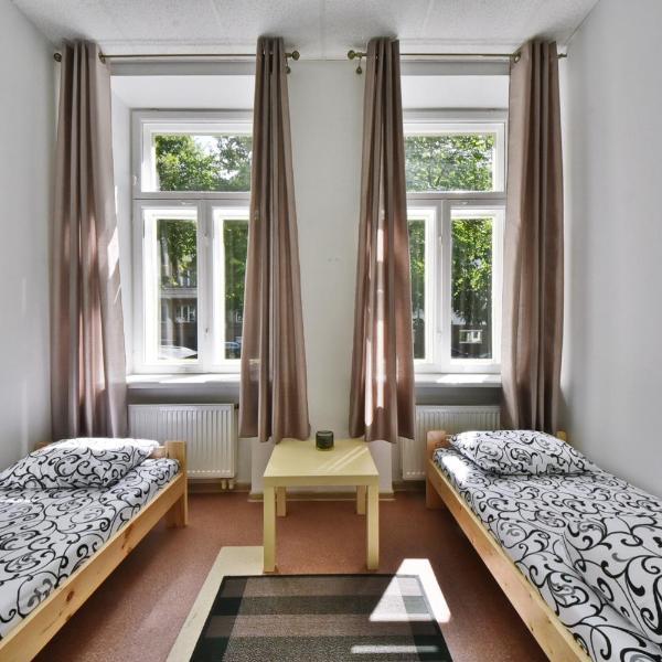 "Laisves Avenue Hostel ""Easy Kaunas"""