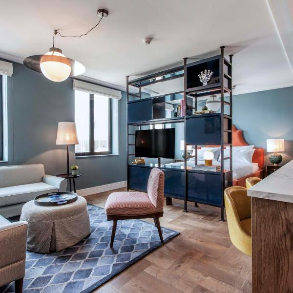 Hotel TWENTY EIGHT