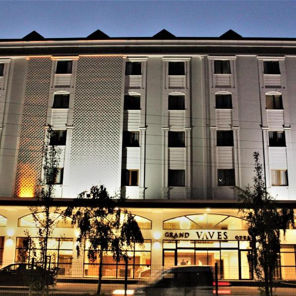 Grand Vaves Hotel