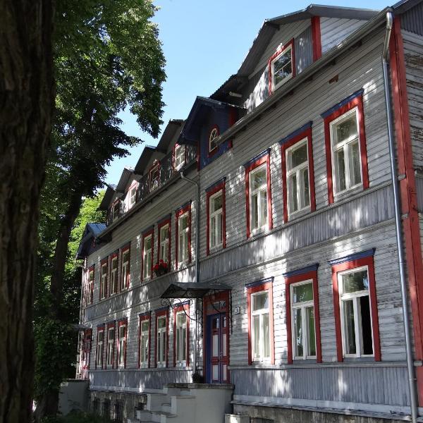 Zair Apartments