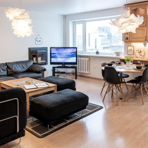 Liivalaia Cozy White Residence