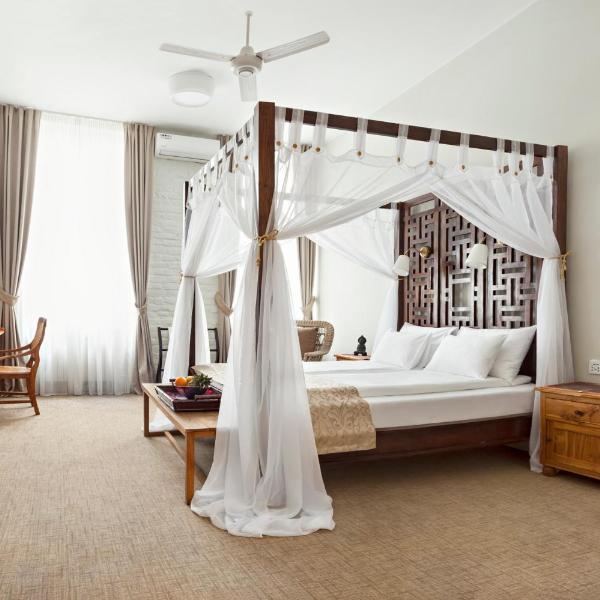 SuperB Luxury Suites