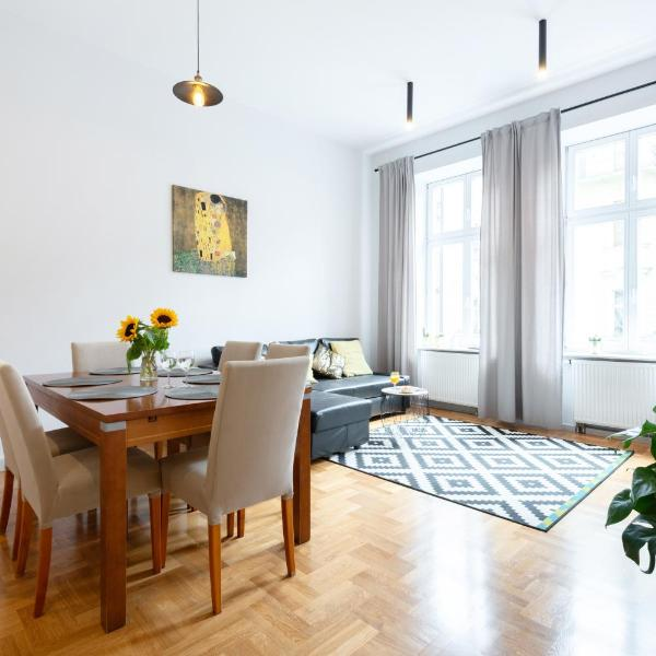 New Wawelo Cracow Old Town Apartments/ Starowiślna