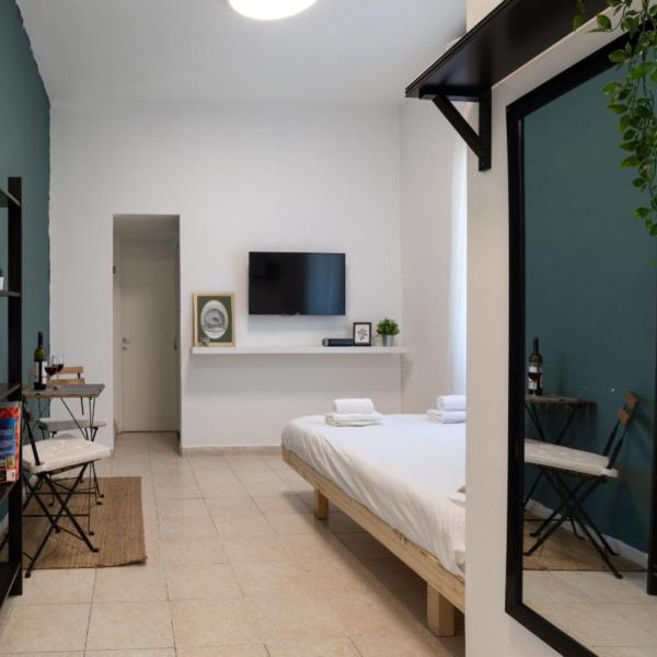 City Center lovely Studio Apartment