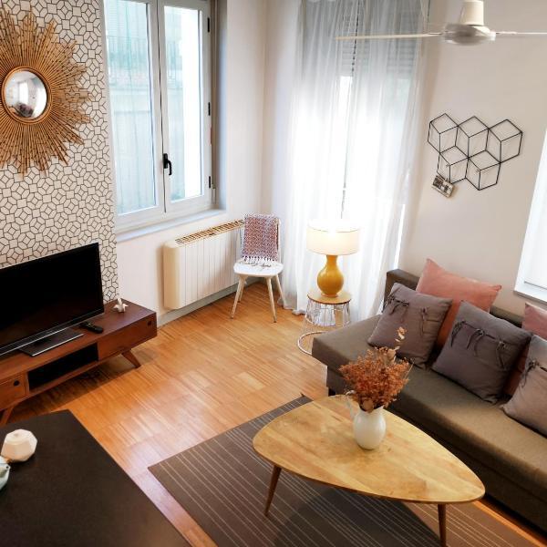 Apartamentos Moratín Las Letras