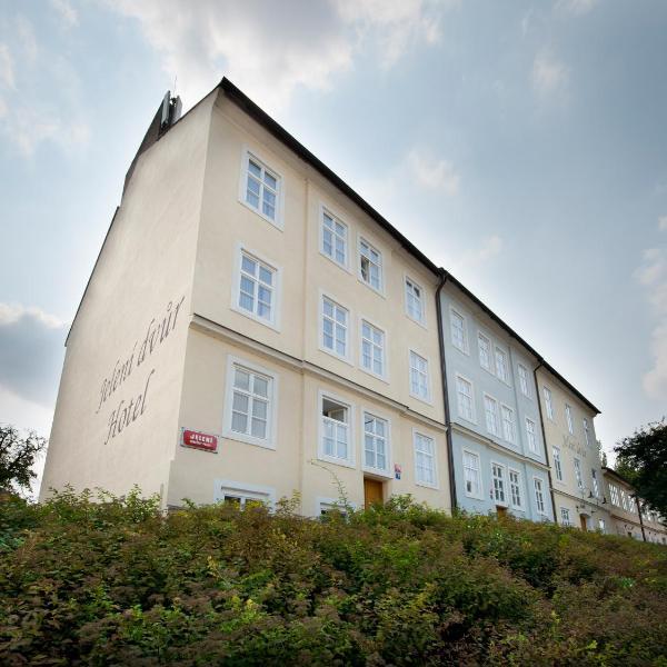 EA Hotel Jeleni Dvur Prague Castle