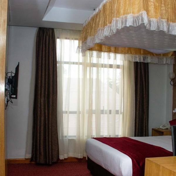 Amelia Karen Hotel