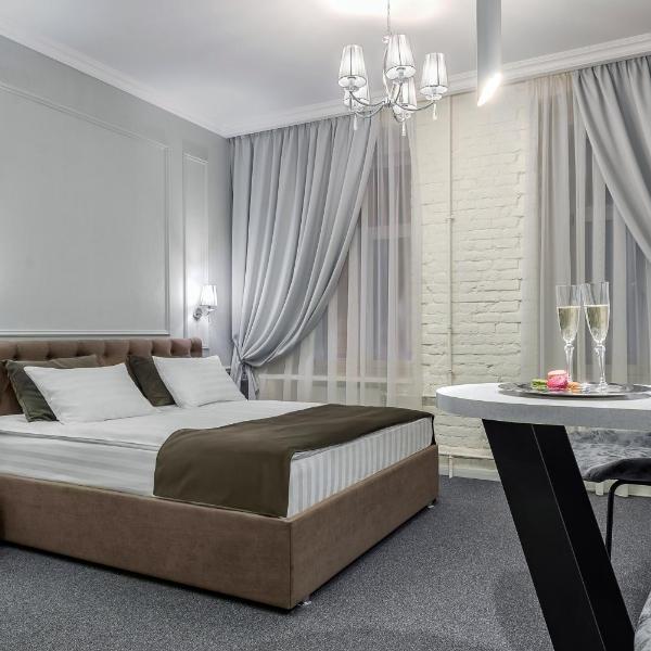 Staronevsky Dom