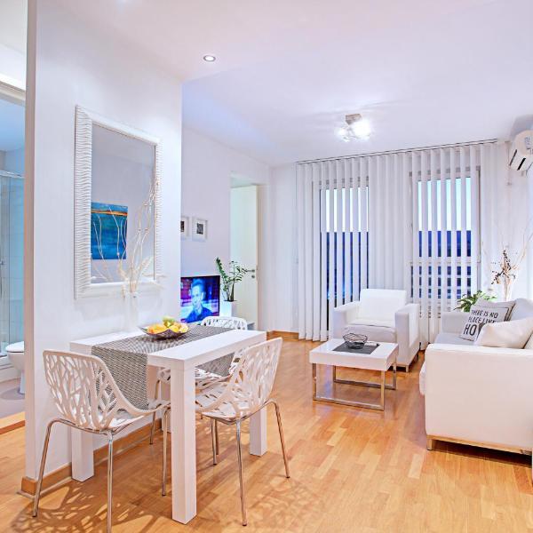 Belville Luxury Apartment