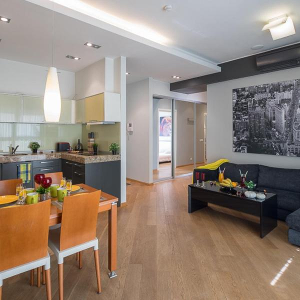 Amazing apartment near the river & Parking
