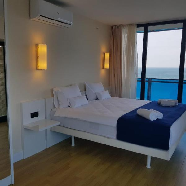 Apartments with sea view ORBI CITY