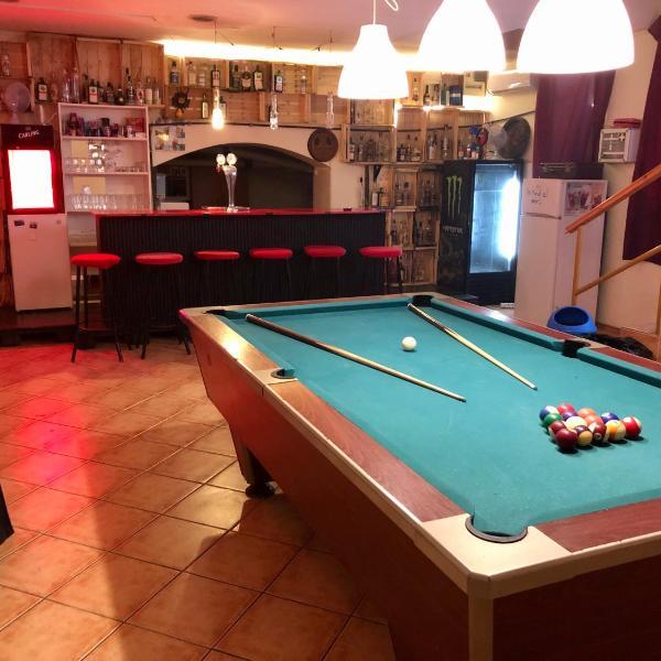 Whole basement former pub3 for bachelor / bachelorette party