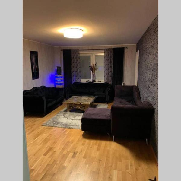 Newly renovated &full furnicher 85 m² apartman