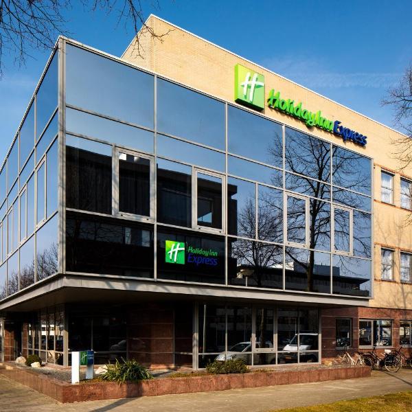 Holiday Inn Express Amsterdam - South, an IHG Hotel