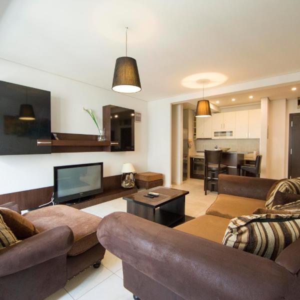 Ahoy Luxury Apartment