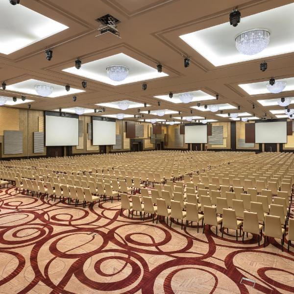 Crowne Plaza Riyadh - RDC Hotel & Convention