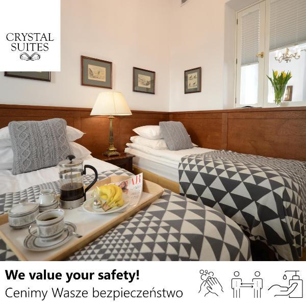 Crystal Suites Old Town