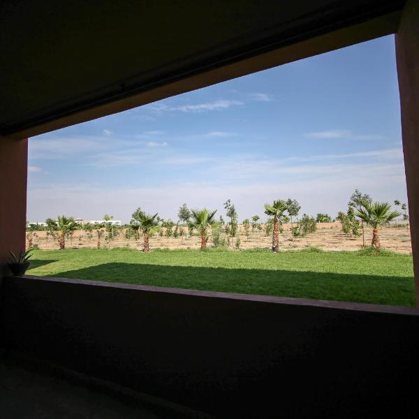 Appartement 4 pièces, piscine, vue imprenable Atlas, résidence Zahoui Garden