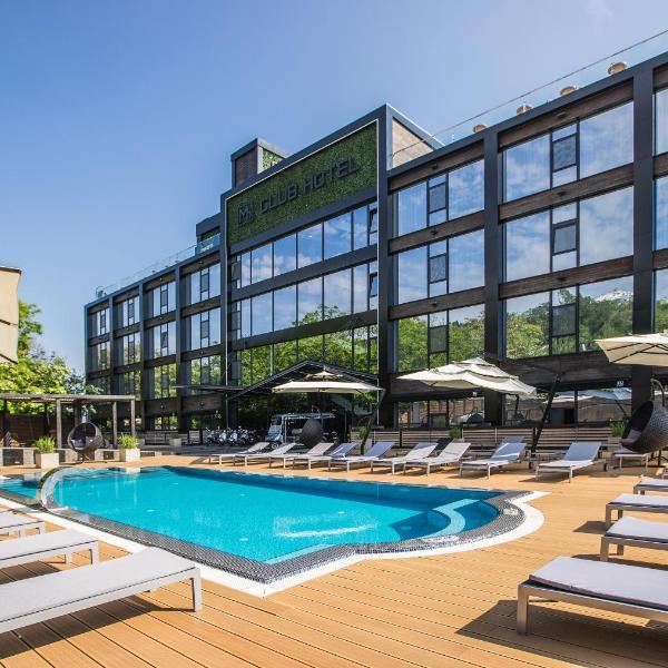 M1 Club Hotel