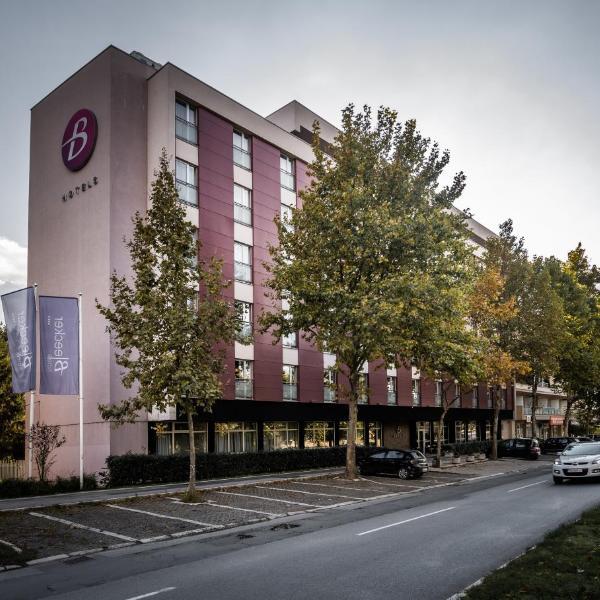 BLEECKER Hotels