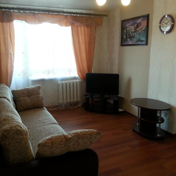 Apartment on Kosmonavtov