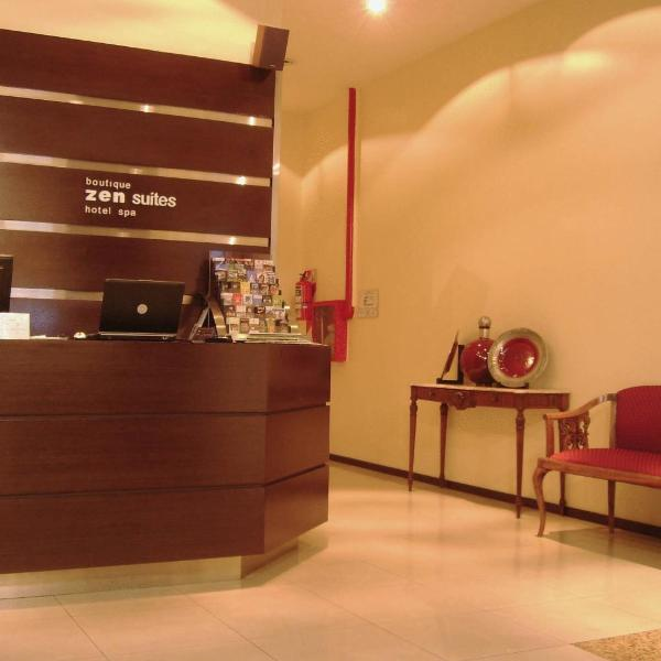 2055 Boutique Hotel low Cost