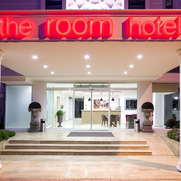 The Room Hotel & Apartments