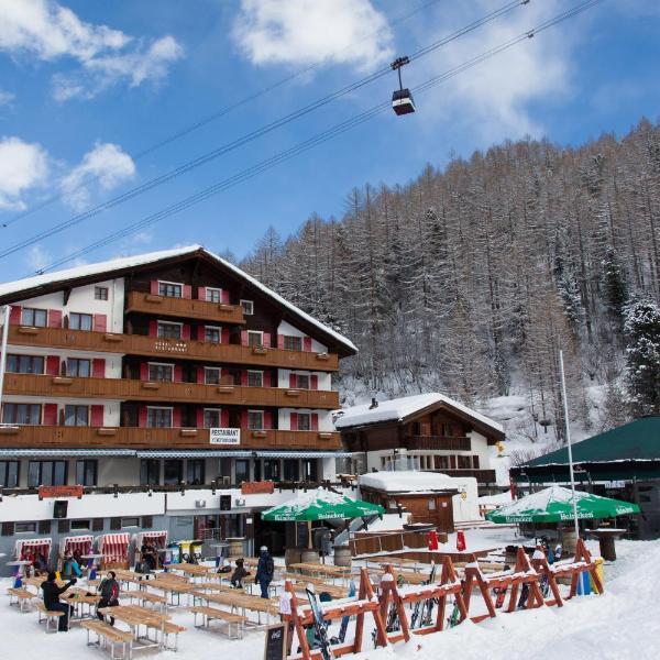 Hotel THE LARIX ski-in ski-out