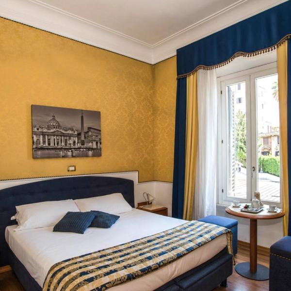 iH Hotels Piazza di Spagna View - Luxury Guest House