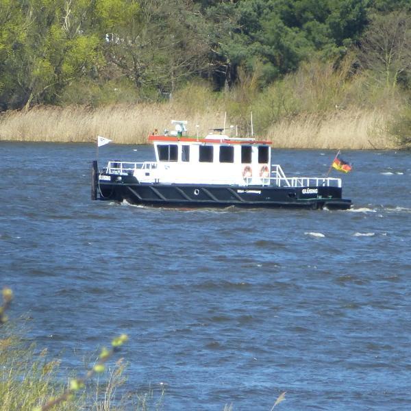 Elbe Ferien
