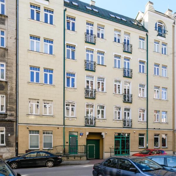 T13 Apartments