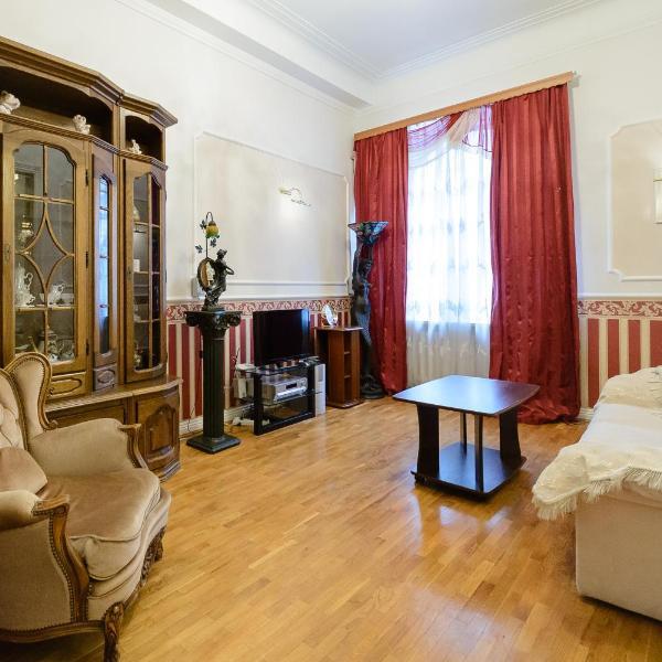 Kiev Accommodation Apartment on Bankova st.