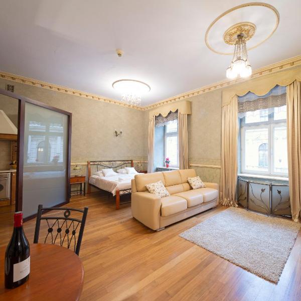 Calliope Apartments
